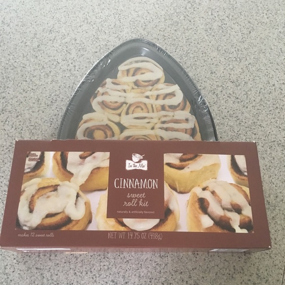 brand castle Other - Cinnamon Sweet Roll Kit